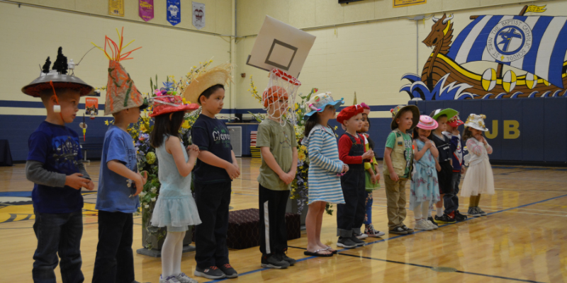 Kindergarten hat Parade 04.12.19